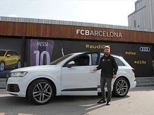 Messi y compañía le dan el visto bueno al nuevo Audi Q2 en el Camp Nou