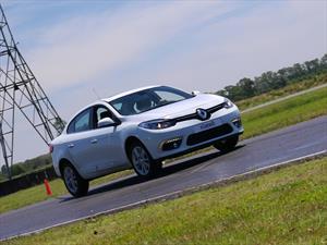 Renault Fluence se renueva. Gama, equipamiento y precios.
