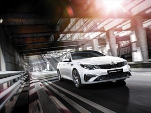 Kia Optima 2019 recibe un facelift turbocargado