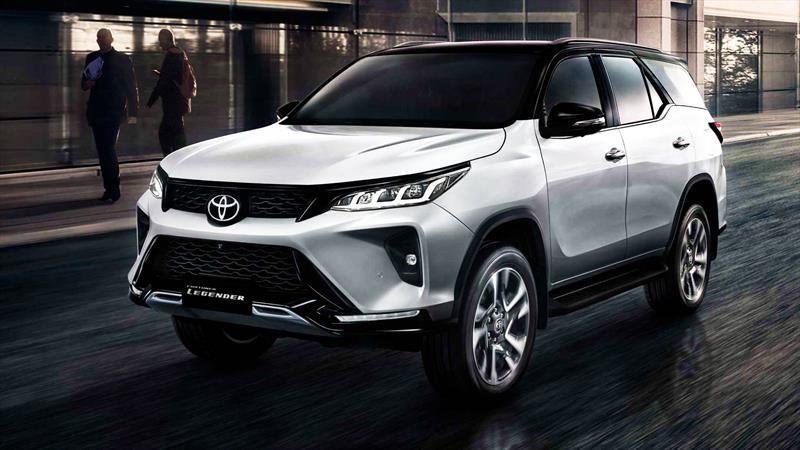 Toyota le lava la cara a la Fortuner 2021