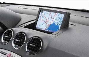Peugeot 408 con nueva cartografía.