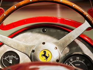 Ferrari festeja su 70 aniversario con 350 autos memorables
