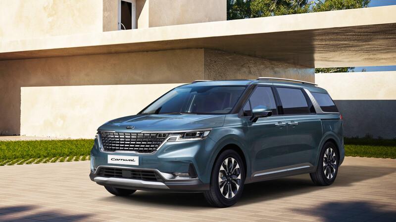 KIA Sedona 2021, es una minivan muy atractiva y ruda