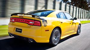 Debuta en el Salón de los Angeles el Dodge Charger Super Bee SRT8 Yellow Jacket 2012