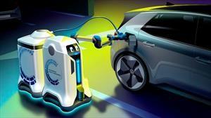 Volkswagen devela un robot autónomo que cargará tu auto eléctrico