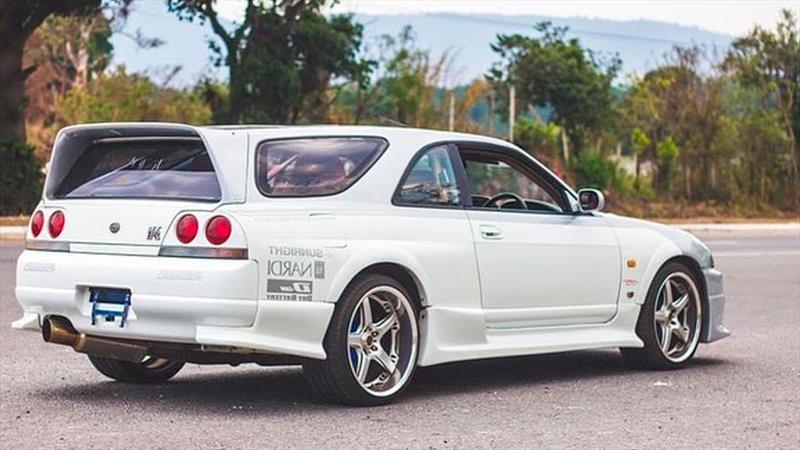 Nissan Skyline GT-R R33 Speedwagon, el lado práctico de Godzilla ¿genialidad o sacrilegio?