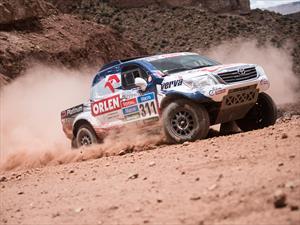 Dakar 2015: Al-Attiyah aún dominando tras el día 11
