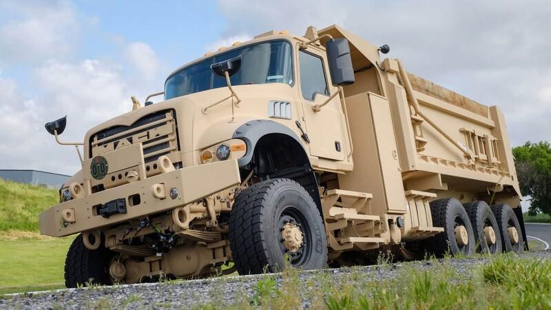 Mack Defense M917A3 Heavy Dump Truck: este camión militar 8x8 es el mejor en su categoría