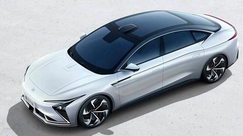 Alibaba presenta su marca de autos eléctricos en asociación con SAIC Motor