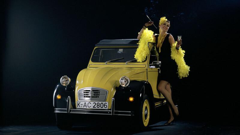 Citroën 2CV 6 Charleston cumple 40 años