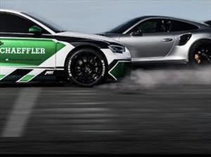 Audi RS3 eléctrico vs 911 GT2 RS, una emocionante carrera en reversa