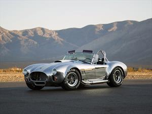 Shelby Cobra 427 50th Anniversary ¡está sold out!