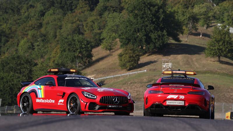 Mercedes pinta sus Safety Car de color rojo en tributo a Ferrari