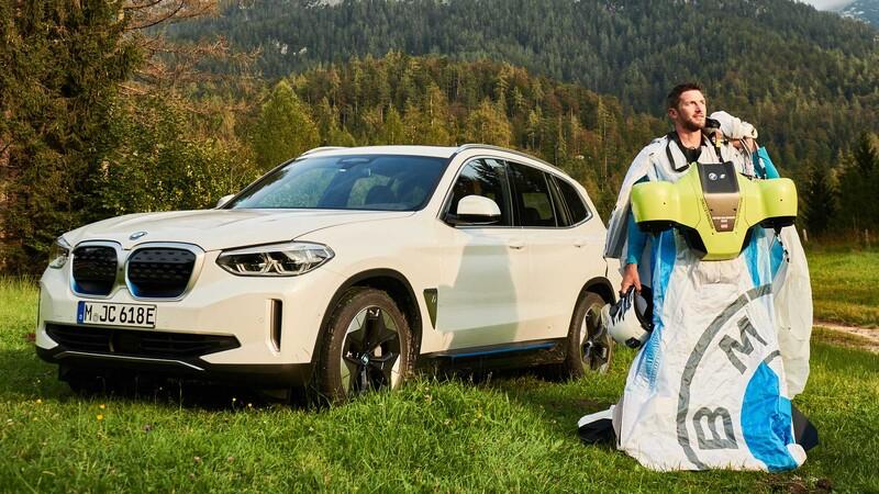 Conoce el nuevo traje volador electrificado de BMW