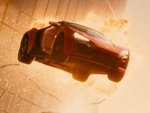 A veces los autos sí explotan como en las películas