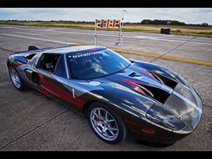 Un Ford GT de 2,000 hp rompe  récord a 447.7 Km/h