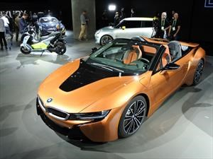 BMW i8 Roadster 2019 se presenta