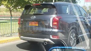 Hyundai Palisade 2020 es espiada en Chile