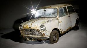 El Austin Mini más antiguo del mundo fue subastado en $65,000 dólares