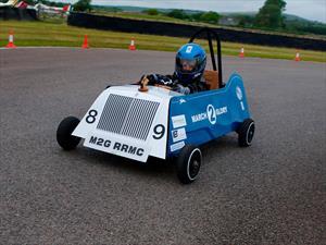 Rolls-Royce desarrolla un auto de carreras eléctrico que parece un juguete
