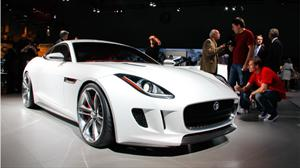 Presentan una versión actualizada del Jaguar C-X16 Concept  en el Salón de Los Angeles 2011