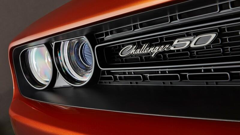 Dodge Challenger gana terreno frente al Mustang y el Camaro
