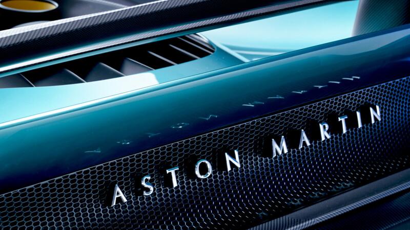 Ventas de Aston Martin crecen gracias al DBX