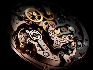 Omega reintroduce el Calibre 321, movimiento original del reloj de luna