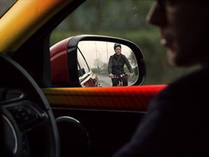 Jaguar Land Rover presenta el ángel guardián de los ciclistas