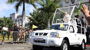 Habemus papachata: Conocé la Nissan Frontier NP300 del papa Francisco