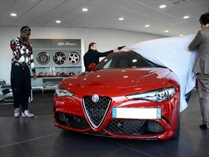 Mario Balotelli de navidad se regala un Alfa Romeo Giulia Quadrifoglio