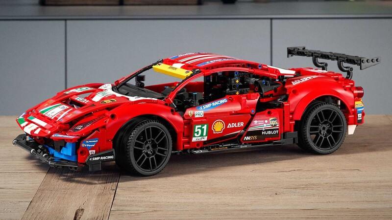 LEGO arma un auto capaz de rodar a 200 km/h
