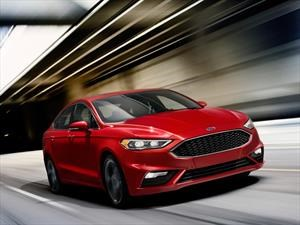 Ford Fusion Sport 2017 se presenta