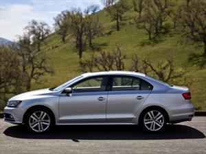 Volkswagen Jetta 2015, presenta cambios casi imperceptibles