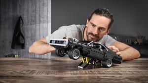 Vive tu cuarentena un cuarto de milla a la vez con el Charger de Toretto hecho de LEGO