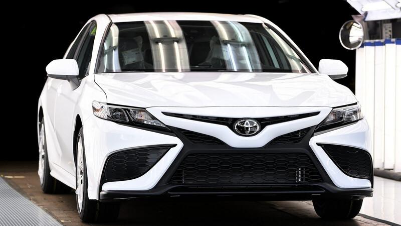 Toyota Camry 10 millones se produjo hoy en la planta de Kentucky
