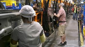 China continuará suspendiendo impuestos adicionales a automóviles provenientes de Estados Unidos