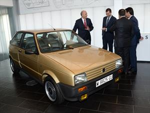 SEAT sorprende a Felipe VIl, el Rey de España, con un viejo Ibiza