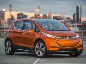 Chevrolet Bolt EV buscará ser más popular que el Nissan Leaf