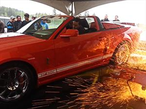 Video: Mustang Shelby GT500 destruye un dinamómetro