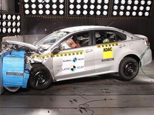 KIA Rio Sedán obtiene 2 estrellas en pruebas de choque de Latin NCAP