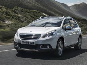 Peugeot 2008 número 200 mil sale de la línea de producción