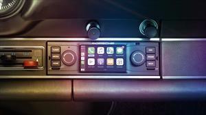 Porsche ofrece sistemas de audio multimedia con look vintage
