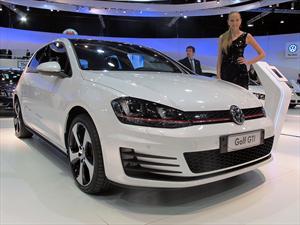 Volkswagen presenta al Golf VII en el Salón de BA 2013