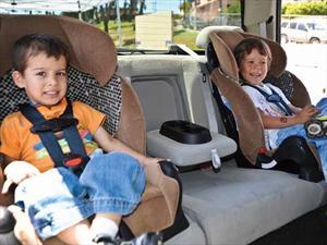Todo sobre las sillas infantiles para autos. Parte 2