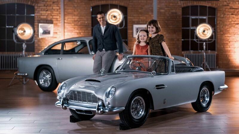 Aston Martin DB5 Junior, el montable eléctrico para niños