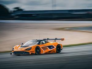 McLaren 720S GT3 yace como todo un auto de carreras
