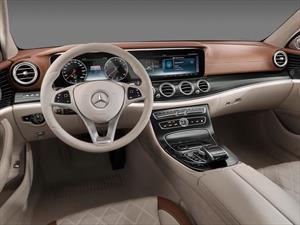Mercedes-Benz Clase E 2017, primeras imágenes del interior