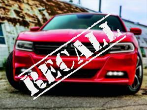 Dodge llama a revisión a 504,000 Charger