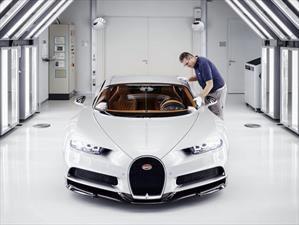 Bugatti construye el Chiron número 100 de 500